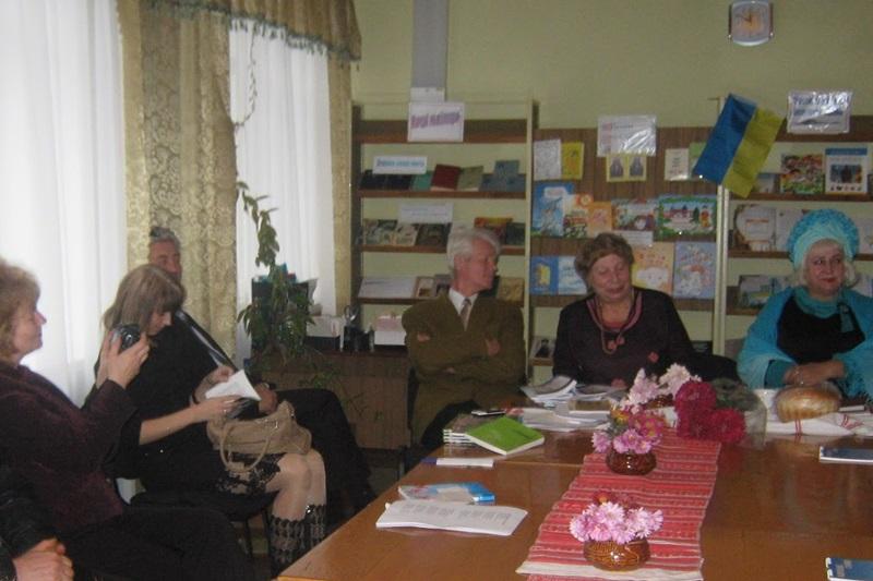 Зустріч літераторів Кіровоградщини 17  листопада 2012 року